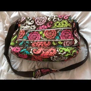 Vera Bradley lg messenger crossbody/shoulder bag